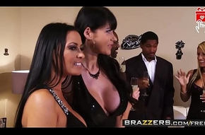 Brazzers - (Vanilla Deville, Erik Everhard, Johnny Castle) - Innovative