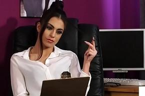 Stockinged brit voyeur instructs meeting become alert