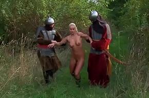 Auch im Mittelalter wollten alle gefickt werden - HD - geile schlampe