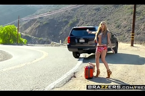 Brazzers - (Chloe Amour)( Have to do with Hollywood) - A Hitchhikers Recommend Down My Load of wash one's hands